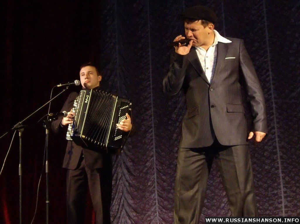 Фоторепортаж. Концерт Юрия Белоусова и Романа Коробко г.Черняховск 19 декабря 2009 года