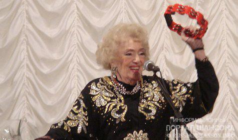 Скончалась известная исполнительница романсов Алла Баянова 30 августа 2011 года