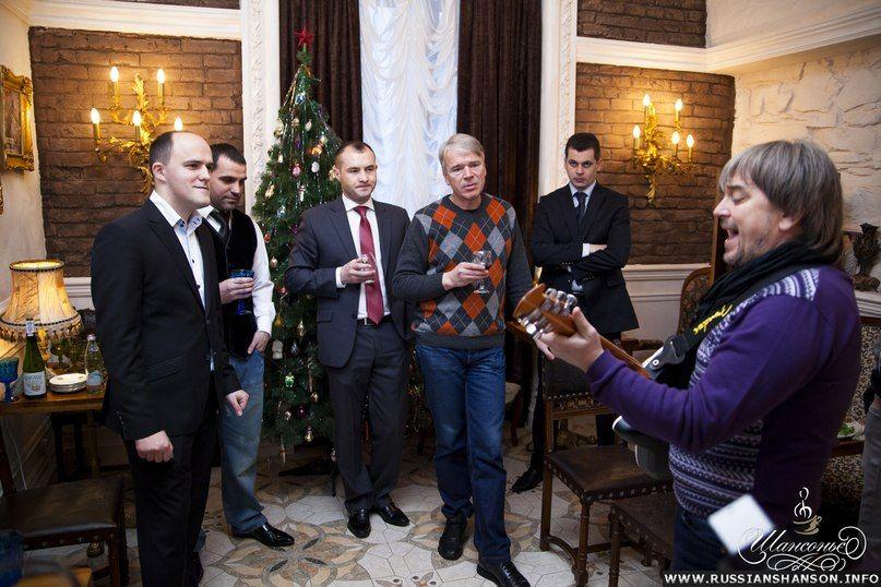 Фоторепортаж. Виталий Ткачук открыл в родном городе кофейню «Шансонье» 27 декабря 2012 года
