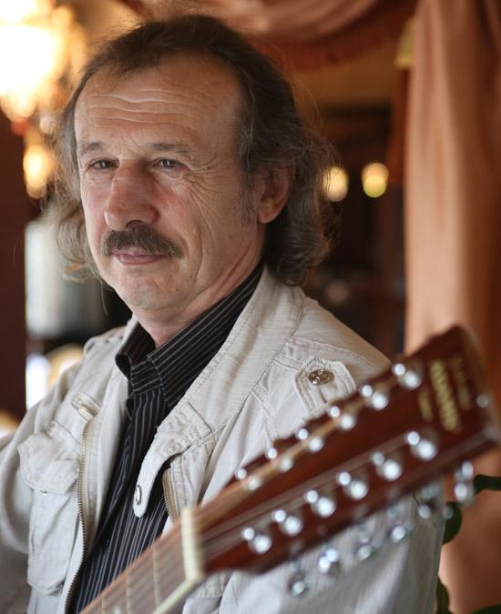 Скончался автор-исполнитель Валерий Паталахов 13 мая 2014 года