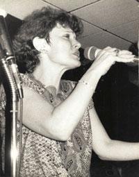 Майя Розова