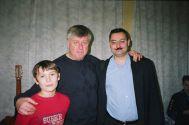 В.Урецкий с бардом Л.Сергеевым и сыном Михаилом