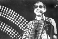Сергей Комаровский с электробаяном,  1991г.