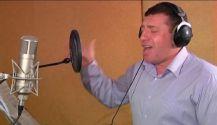 Вадим Мардахаев (вокал,  гитара)