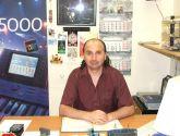 Влад Зерницкий в своём рабочем кабинете